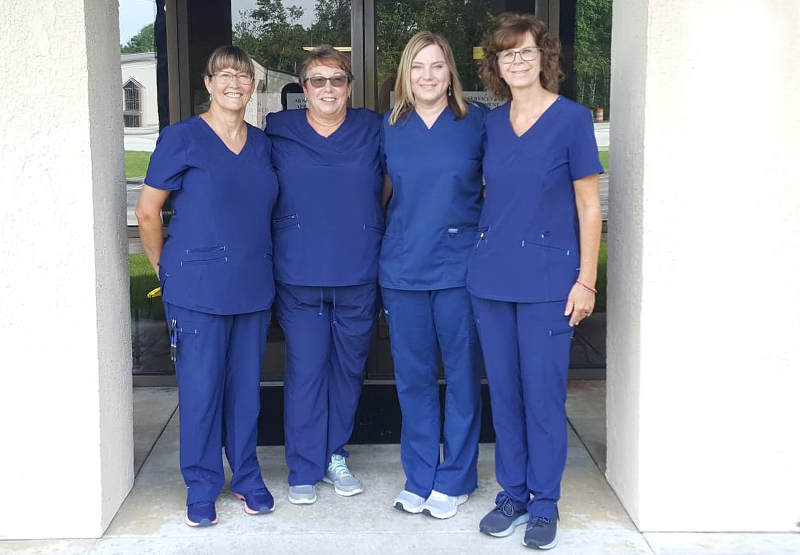 optometrist-havelock-nc-eye-doctor-team-group-3