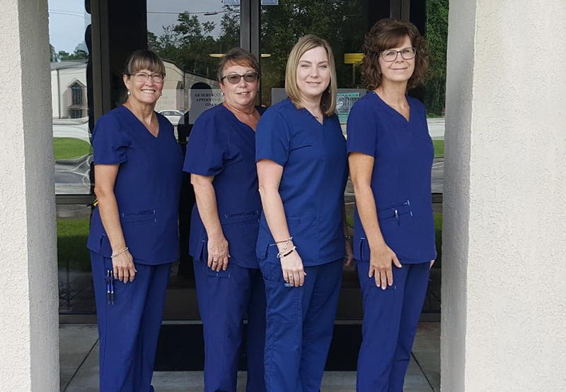 optometrist-havelock-nc-eye-doctor-team-group2